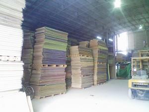 倉庫内に保管される畳