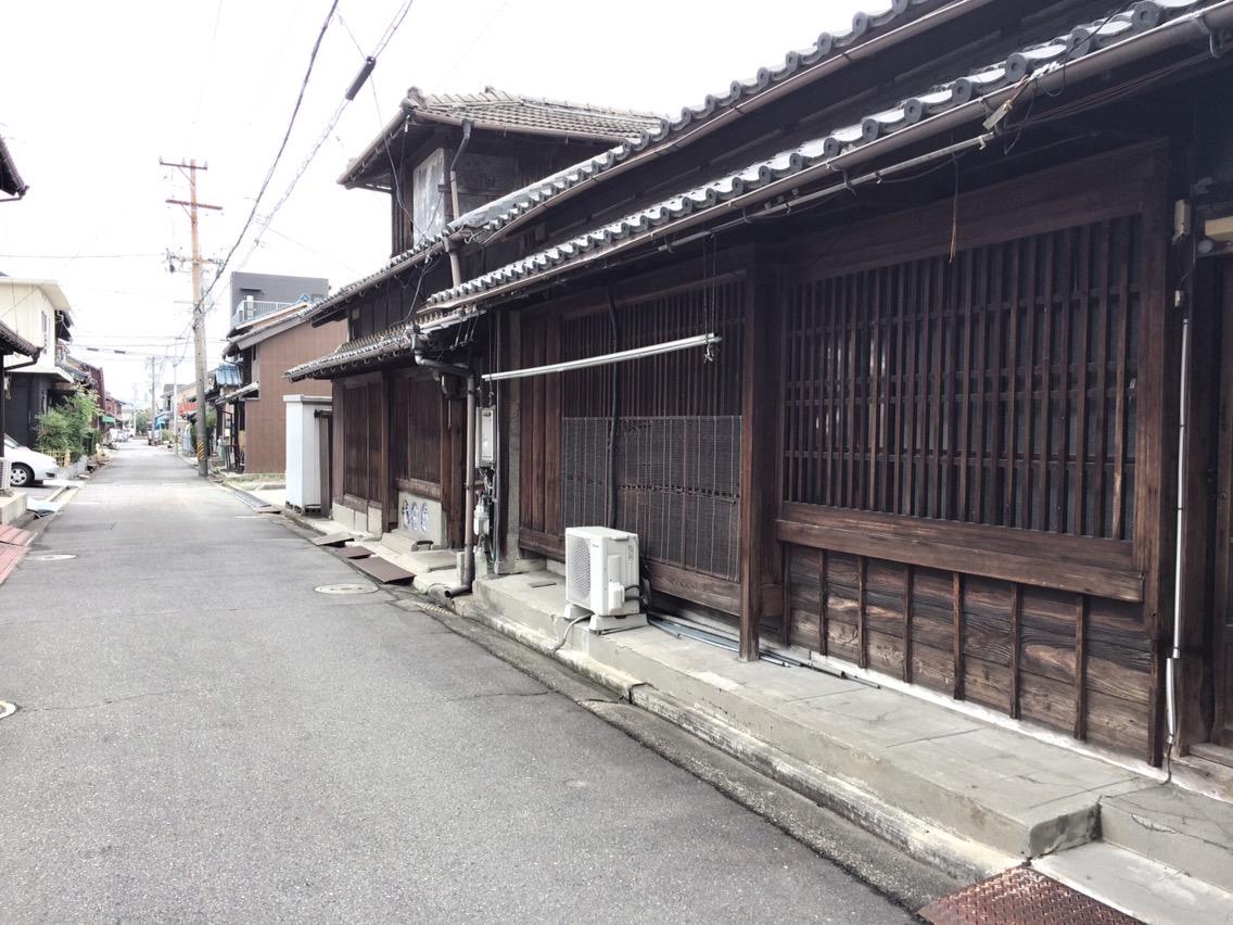 富田の古民家を見る