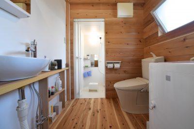 小さく住む家Web内覧会(2)玄関ホールとサニタリールーム
